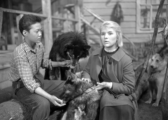 На съемках «Дикой собаки Динго» по ней вздыхали  все - от мала до велика. Но Галина выбрала мужа.