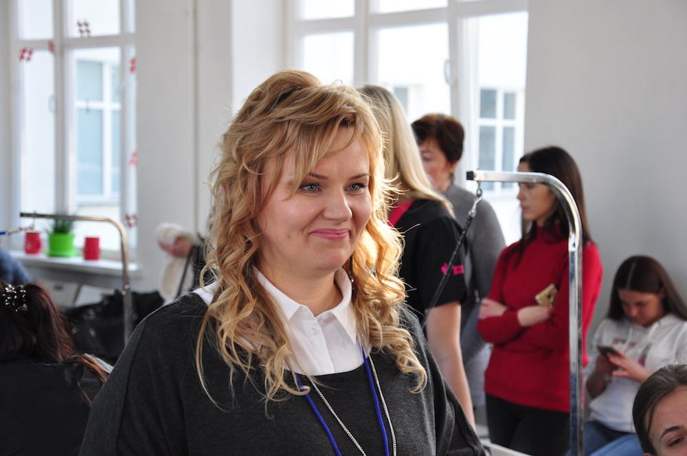 На фото: организатор конкурса Виктория Клыга.