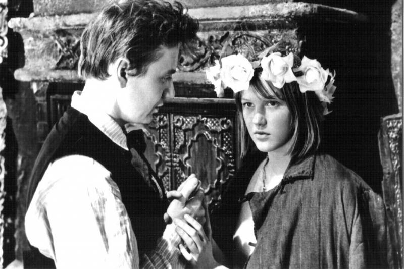 Романа с Табаковым, утверждает актриса, не было. А влюбленность - была.