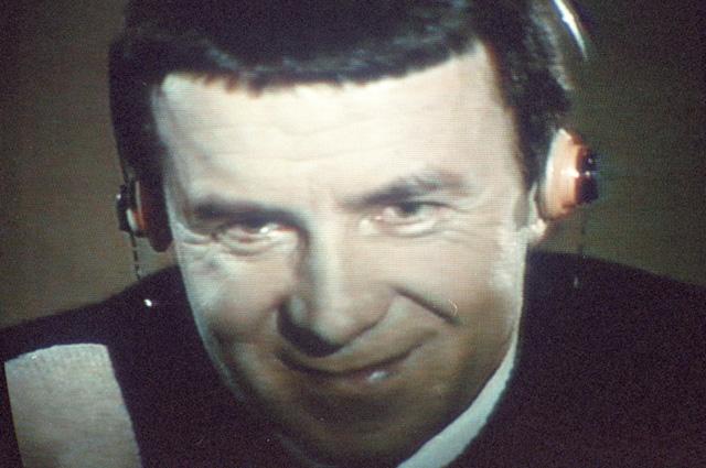В 1989 году Анатолий Кашпировский провёл несколько сеансов гипноза на советском телевидении.
