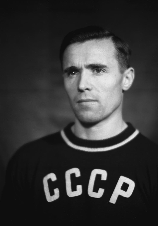 Виктор Чукарин (1921–1984).