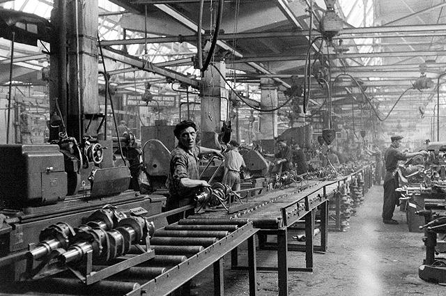 интенсивная работа на советских предприятиях в конце отчетного периода