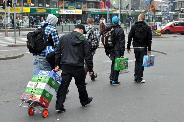 По выходным - «алкошопинг» в Эстонию.