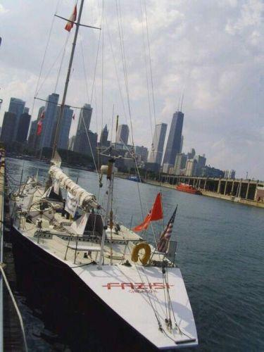 Яхта в 2010-м году