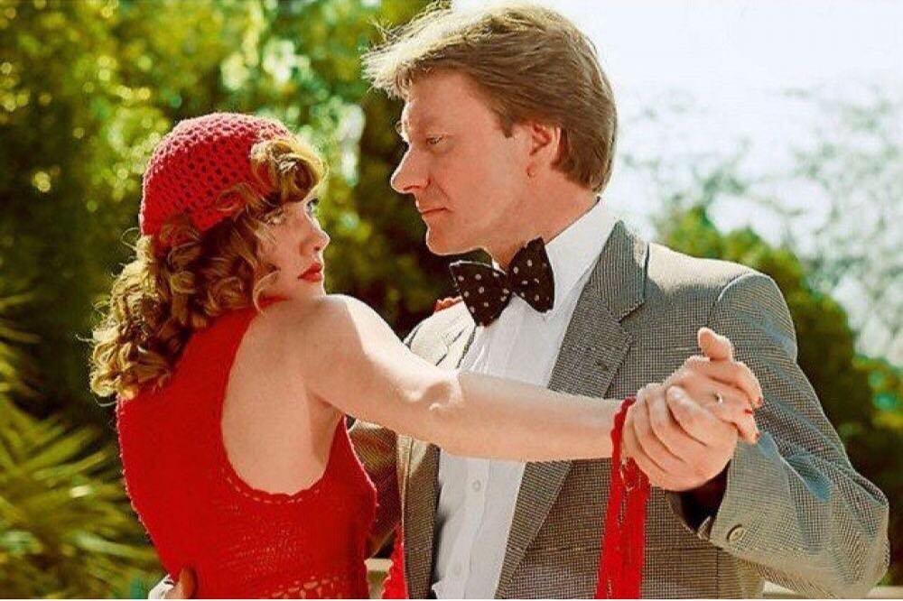 Миронов сам выбрал Проклову в партнерши. Правда, «танго» у них не сложилось.