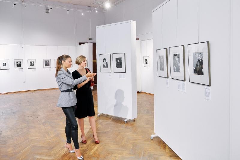 Куратор проекта Майя Кацнельсон и куратор от музея