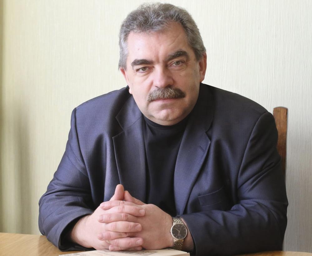 Александр Бадак.