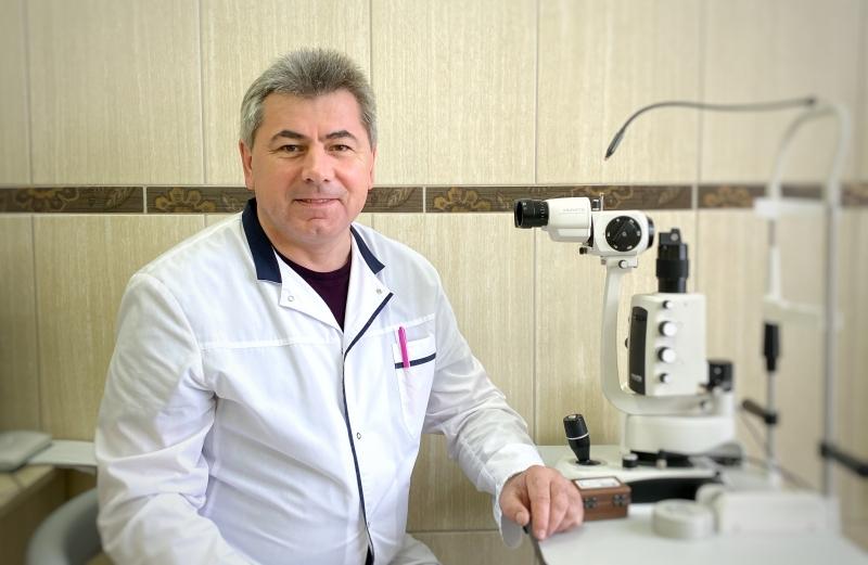 Юрий ТОБОЛЕВИЧ, хирург-офтальмолог, кандидат медицинских наук, заведующий медицинским центром «ЛОДЭ-офтальмология».