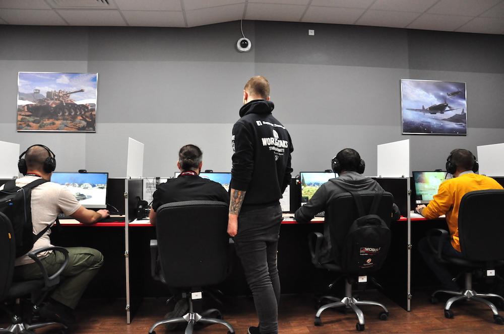 Переход выходом в свет обновление проходит тщательное тестирование игроками.