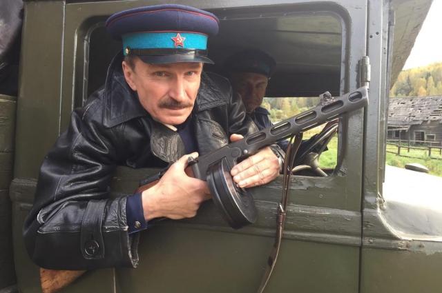 В кино Игорь Денисов играет военных, силовиков, адвокатов, «паханов»...