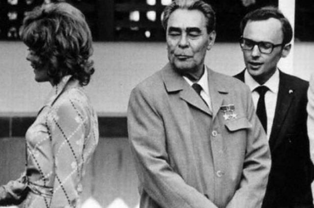 За рубежом о слабости Брежнева к прекрасному полу знали хорошо.