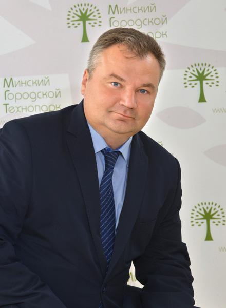 Владимир Давидович.