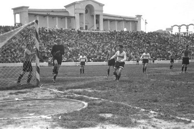 Стадион «Динамо» был самым посещаемым спортивным объектом страны.